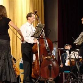 Оркестр, який працював з гуртами «Океан Ельзи» та «Deep purple» виступив у Полтаві